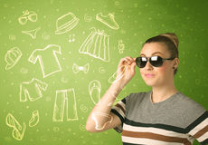 Glückliche junge Frau mit Ikonen der Gläser und der zufälligen Kleidung Lizenzfreies Stockbild