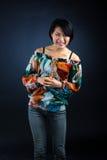 Glückliche junge japanische Dame lizenzfreies stockfoto
