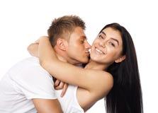 Glückliche junge Paare in der beiläufigen Kleidung stockbilder