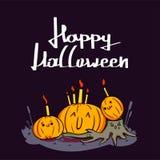 Glückliche Kürbise Halloweens Süßes sonst gibt's Saures, Schläger und Vollmond des Spinnennetzes auf dunkler Nachthintergrunddeko lizenzfreie stockbilder