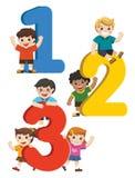 Glückliche Kinder mit Zahlen Stockfotografie