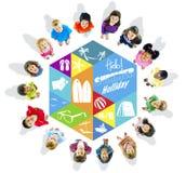 Glückliche Kinder und Sommerferien-Konzepte vektor abbildung