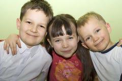 Glückliche kleine Familie Stockbilder