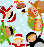 Glückliche Kleinkinder, die Sankt Hut tragen Lizenzfreies Stockfoto