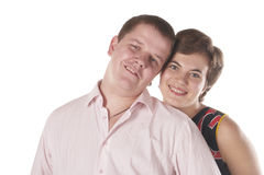 Glückliche lächelnde Jugend und Mädchen. Lizenzfreies Stockfoto
