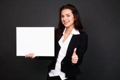Glückliche lächelnde junge Geschäftsfrau Lizenzfreies Stockbild