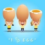 Glückliche Menschen, die große Eier tragen Lizenzfreies Stockbild