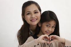Glückliche Mutter und Tochter Stockfoto