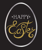 Glückliche Ostern-Beschriftung auf dem Ei Stockbild