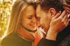 Glückliche Paare in der Liebe Lizenzfreies Stockbild