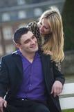 Glückliche Paare im Freien Lizenzfreies Stockbild