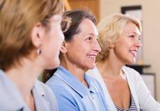 Glückliche reife Frauen Lizenzfreies Stockfoto