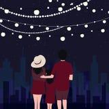 Glückliche schauende Stadtszene der Paar- und Kinderfamilie nachts mit malp Hängen Lizenzfreie Stockbilder