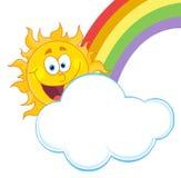 Glückliche Sonne mit einer Wolke und einem Regenbogen Lizenzfreies Stockfoto
