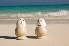 Glückliche und traurige eggss stockfotos