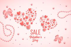 Glückliche Valentinsgrußtages- und -säuberngestaltungselemente Auch im corel abgehobenen Betrag Rosa Hintergrund mit Verzierungen Lizenzfreie Stockbilder