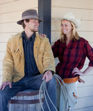Glückliche westliche Paare lizenzfreie stockfotografie