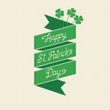 Glücklichen St Patrick Tagesbeschriftung auf einem Band Lizenzfreie Stockfotografie