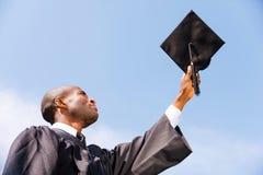 Glücklicher Absolvent stockbild