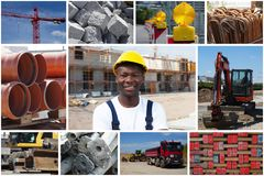 Glücklicher Afroamerikanerbauarbeiter mit Bau sitzen lizenzfreie stockbilder