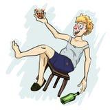 Glücklicher Alkoholiker, der ein Glas hält lizenzfreie abbildung