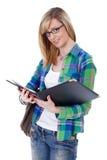 Glücklicher attraktiver blonder weiblicher Kursteilnehmer, getrennt Lizenzfreie Stockfotografie