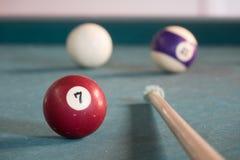 Glücklicher billard 7 Ball Lizenzfreies Stockfoto