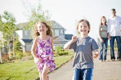 Glücklicher Familienspaß Stockfoto