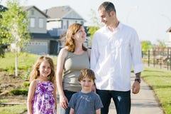 Glücklicher Familienspaß Lizenzfreies Stockbild