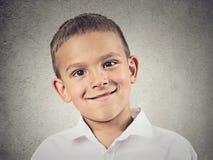 Glücklicher Junge des Headshot, Kind Stockfotos