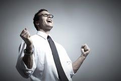 Glücklicher junger Geschäftsmann. Lizenzfreies Stockfoto