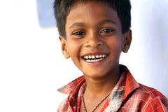 Glücklicher lachender Junge Stockbild