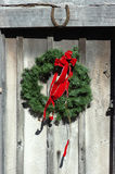 Glücklicher Land-WeihnachtsWreath Stockfotografie