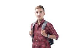 Glücklicher männlicher Student, der - lokalisiert über einem weißen Hintergrund lächelt Stockfotografie