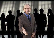 Glücklicher Manager und Gruppe Stockbild