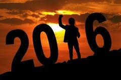 Glücklicher Mensch auf dem Hügel mit Nr. 2016 Lizenzfreies Stockfoto