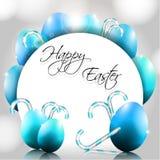 Glücklicher Ostern-Hintergrund mit blauen Eiern und Süßigkeit  Lizenzfreies Stockbild