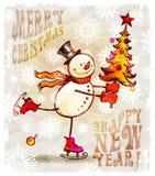 Glücklicher Schneemann mit Weihnachtsbaum Stockfotografie