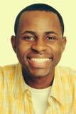 Glücklicher schwarzer Mann stockbild