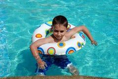 Glücklicher Schwimmer Lizenzfreie Stockfotos