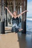 Glücklicher Tag am Strand Stockbilder