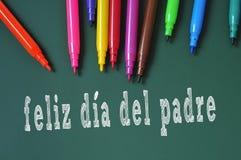 glücklicher Vatertag geschrieben auf spanisch stockbilder