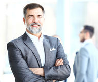 Glückliches älteres Geschäftsmannlächeln Lizenzfreies Stockfoto