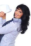 Glückliches beiläufiges Leitprogramm, das einen Hut anhält Stockbilder