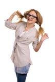 Glückliches blondes Baumuster mit Gläsern Stockfotos
