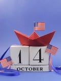 Glückliches Columbus Day, für den zweiten Montag im Oktober am 14. Oktober Feier Abwehr der Datumskalender - Vertikale. Stockfotografie