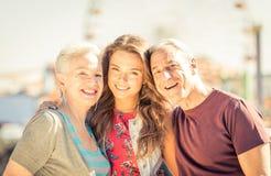 Glückliches Familien-Portrait stockbilder