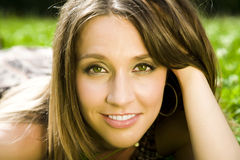 Glückliches Frauen-Portrait Lizenzfreie Stockbilder