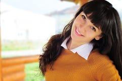 Glückliches Frauenportrait Lizenzfreie Stockbilder