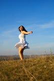 Glückliches Frauenspinnen Lizenzfreie Stockfotos
